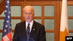 Вице-президент США Джозеф Байден выступает на обеде в президентском дворце в Никосии, 22 мая 2014 года