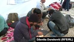 Migranti u kampu Vučjak, 22. oktobar 2019.