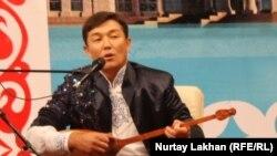 Айтыскер ақын Бегарыс Шойбеков. Астана 8 шілде 2013 жыл.