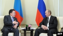 Tsakhiagiin Elbegdorj və Vladimir Putin