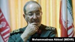 مسعود جزایری میگوید محدودسازی برنامه موشکی ایران «آرزویی دست نیافتی» است.