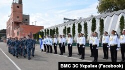 Так звільнених з російського полону українських моряків зустрічали в Одесі 14 вересня