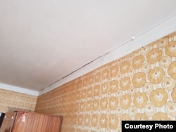 Трещины в квартире Андрея