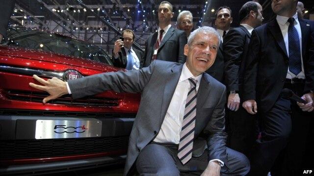 Predsednik Srbije Boris Tadić na predstavljanju automobila FIAT 500l proizvedenog u Kragujevcu na ženevskom salonu, 6. mart 2012.