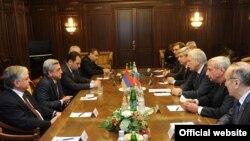 Встреча президента Армении с председателем Госдумы России Борисом Грызловым, Москва, 25 октября 2011 г.