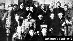 1919 елда РКП(б)ның VIII корылтаенда катнашкан кайбер вәкилләр
