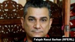 الشاعر والناقد المسرحي عبد الخالقﮔيطان