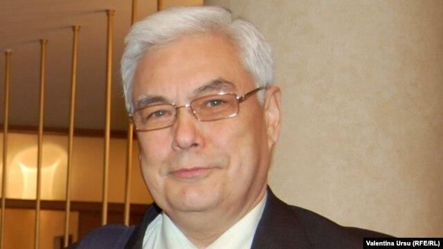 Ambasadorul Sergei Pirojkov
