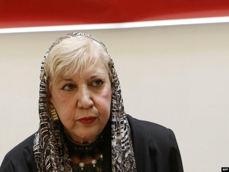 В Иране начали удалять эротику из персидской классики.