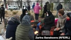 Протестная акция родных Инала Джабиева в Цхинвали, архивное фото