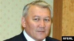 Kazakhstan's Health Minster Zhaqsylyq Dosqalyev