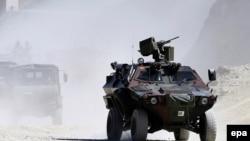 دورية عسكرية تركية في هكاري القريبة من الحدود مع العراق