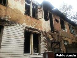 Сгоревший дом в Алматы. 18 августа 2014 года.