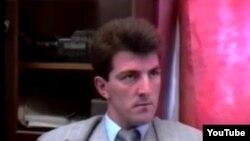 Артур Курмакаєв (він же Артур Карінарі, Олександр Дакар, Артур Денісултанов, Дінго) на початку 1990-х років.