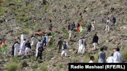 کونړ: طالب ضد افغان پاڅونکو د افغانستان ملي بیرغونه اخیستي