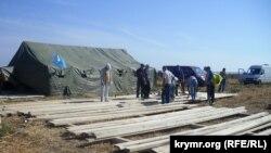 Палатка на Крымском майдане вблизи пункта пропуска «Чонгар»