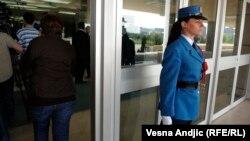 """Jedan od ulaza aerodroma """"Nikola Tesla"""""""