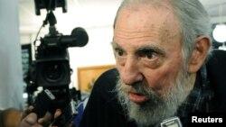 Бывший кубинский лидер Фидель Кастро, 2013