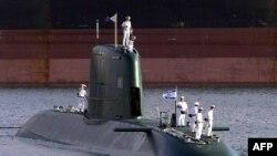 زیردریایی دولفین در بندر حیفا