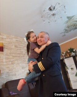 Дамир с дочерью