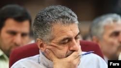 صفایی فراهانی هم اکنون برای سپری شدن دوران محکومیت شش ساله خود در زندان به سر می برد.