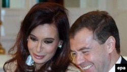 President Dmitry Medvedev and his Argentinian counterpart Cristina Kirchner