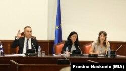 Претседателот на Комисијата за европски прашања, Артан Груби
