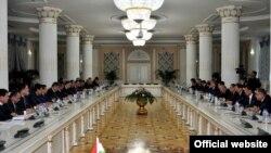 Засадение межправкомиссии по торгово-экономическому сотрудничеству между Таджикистаном и Узбекистаном в Душанбе