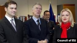 Pamje nga njëri prej takimeve në Bruksel.