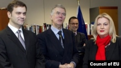 Брисел - преговарачите Борко Стефановиќ и Едита Тахири