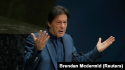 The settlement rekindles hopes for Pakistani Prime Minister Imran Khan's anti-corruption drive, which has so far failed to bring back the billions of dollars that his government says opposition politicians have stashed abroad.