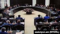 На заседании правительства Армении, 24 мая 2018 г.