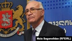 Грузия сыртқы істер министрінің орынбасары, премьер-министрдің арнайы өкілі Зураб Абашидзе.