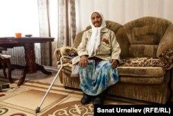 90-летняя Бикан Маханова, жительница жилого массива Коктал-1.