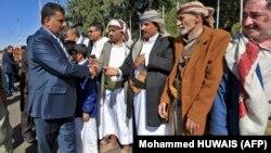 اعضای هیئت حوثیها در مذاکرات سوئد پس از بازگشت به صنعا، ۲۴ آذر ۹۷