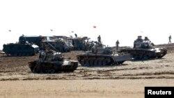 Турецкие танки на границе с Сирией, 8 октября 2014 г․