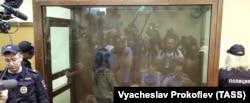Одно из заседаний суда по делу сестер Хачатурян
