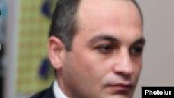 Глава делегации Армении в Парламентской ассамблее НАТО Корюн Наапетян