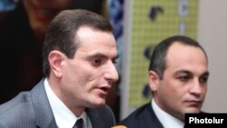 Armenia -- Parliament deputies Artak Zakarian (L) and Koryun Nahapetian hold a news conference in Yerevan, 9 March 2010.