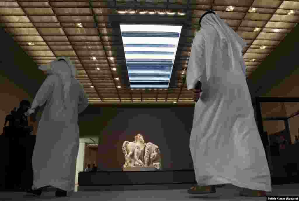 بازدیدکنندگان موزه لوور ابوظبی