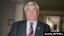 Башкортостан язучылар берлеге идарәсе рәисе Риф Тойгынов