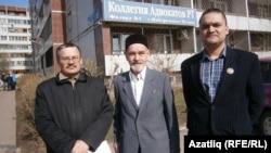 Рәфис Кашапов (с), Рифкат Гайфетдин улы һәм Булат Гатин