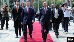 Macedonian Prime Minister Nikola Gruevski (left) with UN Secretary General Ban Ki-moon in Skopje.