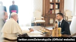 Владимир Зеленский на встрече с папой Римским Франциском, 8 февраля 2020 года