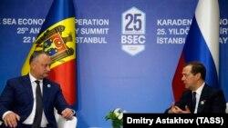 La întîlnirea Dodon-Medvedev de la Istanbul