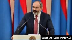 И.о. премьера Армении Никол Пашинян (архив)