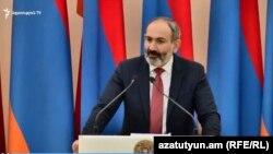 Premierul armean în exercițiu Nikol Pașinian
