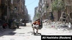 Дума в регіоні Східна Гута поблизу Дамаска, раніше опорний пункт сирійських повстанців, зараз перебуває під контролем сирійських і російських військових