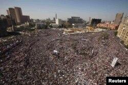 Təhrir meydanında etirazlar, 18 fevral 2011