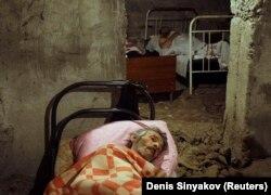 Поранені південні осетини в шпиталі, Цхінвалі, 10 серпня 2008 року